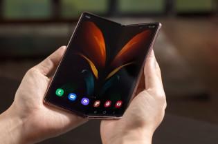 رسميًا Samsung Galaxy Z Fold2 مع شاشات أكبر بالتفصيل
