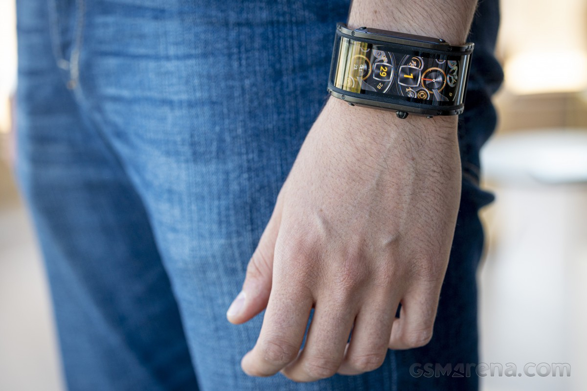 nubia Watch review