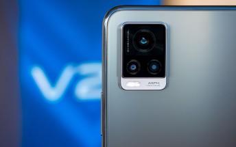 vivo V20 in for review