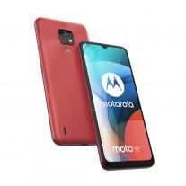 Motorola Moto E7 in Satin coral
