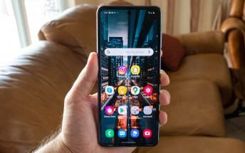 Samsung Galaxy Z Flip and Z Flip 5G get One UI 3.0 beta