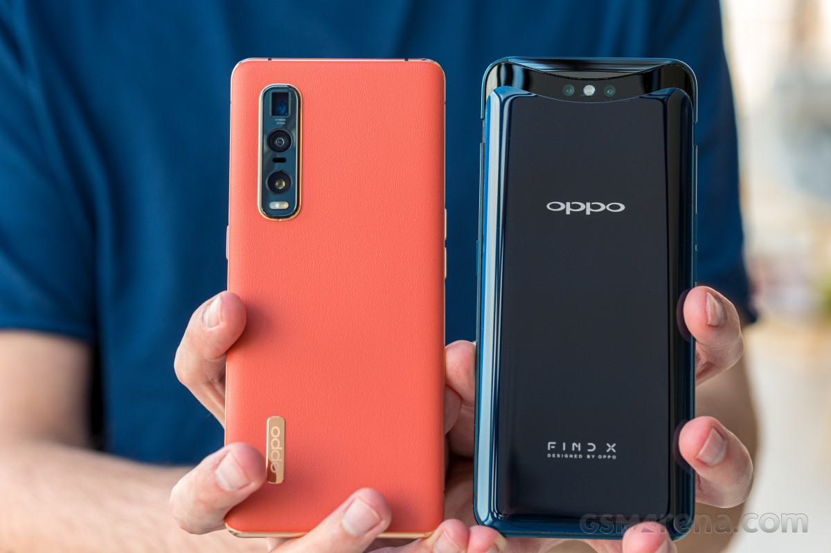 Oppo Find X2 Pro (left) and Find X (right)