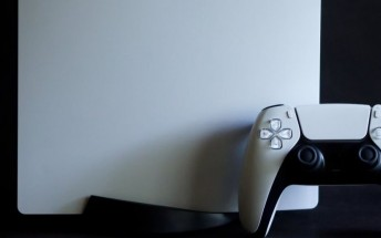 Sony is working on next-gen VR headset and controller for PS5