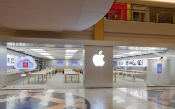 All Apple stores in the US are now opened for the first time since March last year