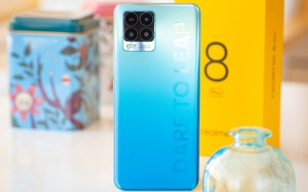 See if the Realme 8 Pro bends in this durability test
