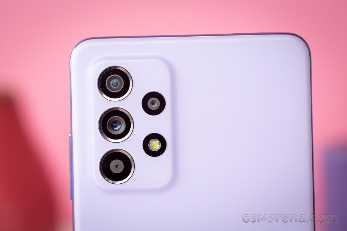 Samsung Galaxy A52 bajo revisión