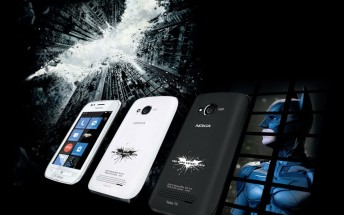 Flashback: Batman and Superman love Nokia, the X-Men use LG