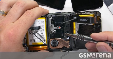 The Lenovo Legion Duel 2 video explores why it bends so easily