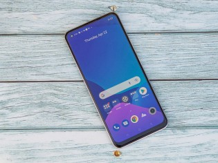 Realme 8 with an AMOLED screen and in-display fingerprint reader