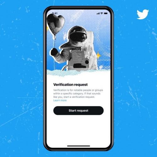 O Twitter pausa seu novo programa de verificação de conta após pouco mais de uma semana de relançamento