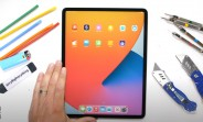 iPad Pro 12.9 (2021) with M1 gets subjected to scratch, burn, and bend testing