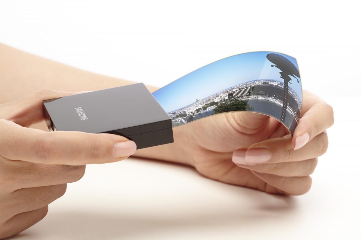 Samsung demonstrates its flexible OLED panels
