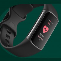 The first ECG sensor on a Fitbit smart band