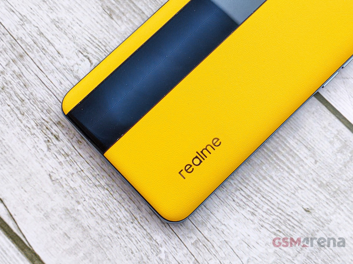 Realme GT 5G Racing Yellow Leather Edition hands-on