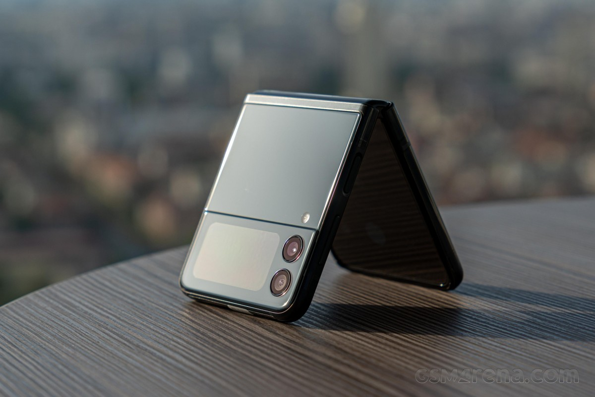 Prise de vue chaude: Samsung Galaxy Z Fold3 5G, Z Flip3 5G, Galaxy Watch4 et Buds2