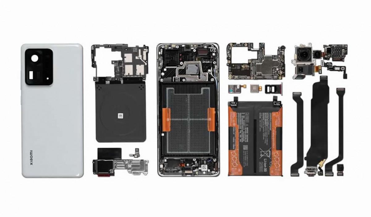 Xiaomi Mix 4 torn down on video