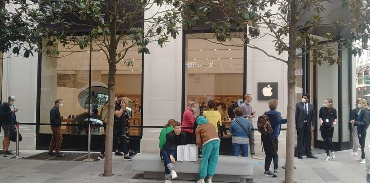 Apple iPhone 13 now on sale, new iPads and Watch Series 8 also join the party