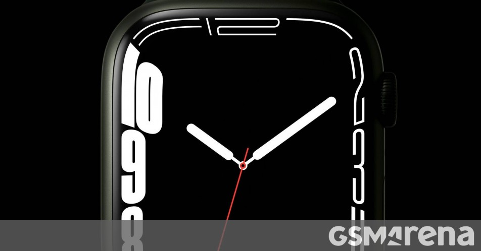 Apple Watch Series 8 could bring a bigger display in 2022