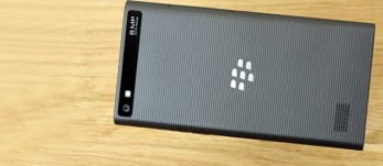 BlackBerry Leap review: Bouncing up and down