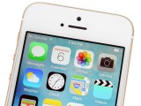 A peek above the screen - Apple iPhone SE review