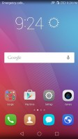 Home screens on stock launcher - Huawei Honor 5x review
