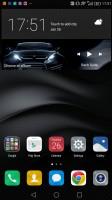Default homescreen with clock widget - Huawei Mate 8 review