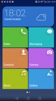 Simple homescreen with a tiled interface - Huawei Mate 8 review