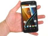 Motorola Moto G4 Plus in the hand - Motorola Moto G4 Plus review