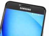 Clear front side - Samsung Galaxy C5 review