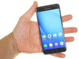 Samsung Galaxy C5 in the hand - Samsung Galaxy C5 review
