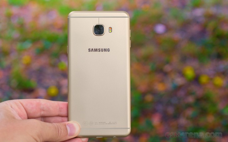 Samsung Galaxy C7 review