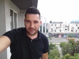 Selfie samples - Samsung Galaxy J3 (2016) review