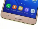 Samsung offers nothing new above and below the display - Samsung Galaxy J7 2016 review