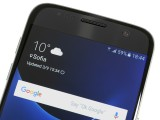 Galaxy S7 top bezel remains unchanged - Samsung Galaxy S7 review