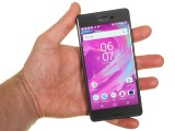 In the hand - Sony Xperia X Performance review