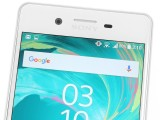 Top bezel with earpiece/speaker, front camera and sensor array - Sony Xperia X Performance review