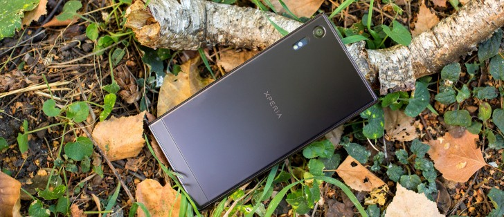 Sony Xperia XZ review: X to the Z: Phonebook, messaging
