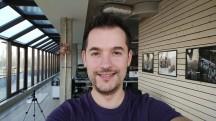More selfie samples: Beautify Off - Xiaomi Mi Note 2 review