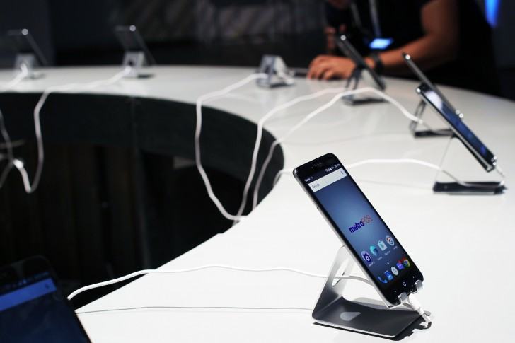 Zte Zmax Pro Hands On review