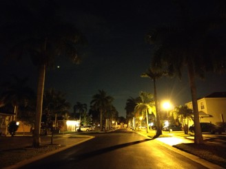 Lowlight camera samples: HTC U11: 1/10s, ISO 2939, F/1.7 - HTC U11 Galaxy S8plus  review