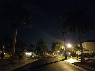 Lowlight camera samples: Samsung Galaxy S8+: 1/7s, ISO 1250, F/1.7 - HTC U11 Galaxy S8plus  review