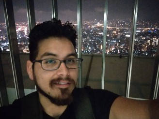 Lowlight selfie camera samples: HTC U11 - HTC U11 vs. Samsung Galaxy S8+