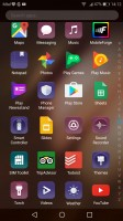 app drawer - Huawei P10 Plus review