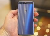 Huawei P10 in Dazzling Blue - Huawei P10 review