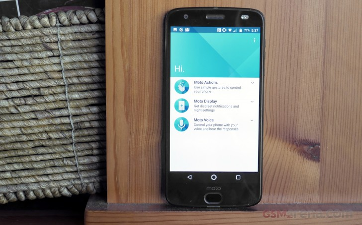 Moto Z2 Force Review Nothing Less Nothing More User Interface And Moto Enhancements