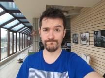 Selfie samples: Normal (bum's gotten a haircut) - LG G6 review