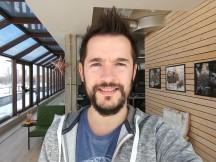Selfie samples: Normal mode - f/2.2, ISO 50, 1/136s - LG V30 review