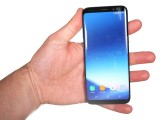 In the hand: Galaxy S8 - OnePlus 5 vs. iPhone 7 Plus vs. Samsung Galaxy S8