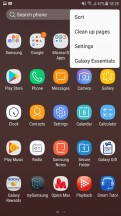 App drawer options - Samsung Galaxy J7 Pro review