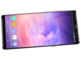 Seemingly empty bottom bezel - Samsung Galaxy Note8 review